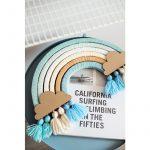 kokocardboards_diyrainbow_beach_2